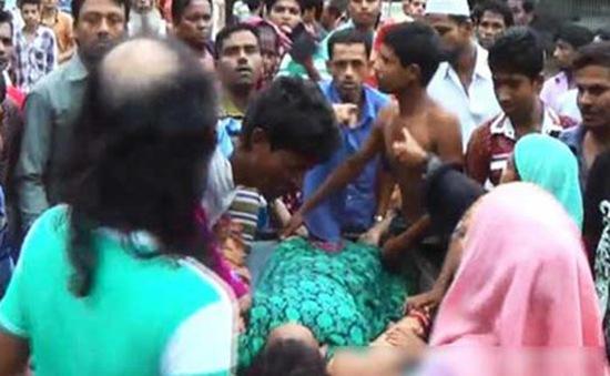 Bangladesh: Chen lấn nhận đồ miễn phí, gần trăm người thương vong vì giẫm đạp