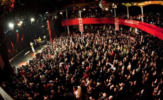 Ngành giải trí Pháp yêu cầu Chính phủ hỗ trợ 50 triệu Euro sau thảm kịch
