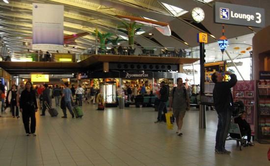 Hà Lan: Sân bay Schiphol bị mất điện trong một giờ
