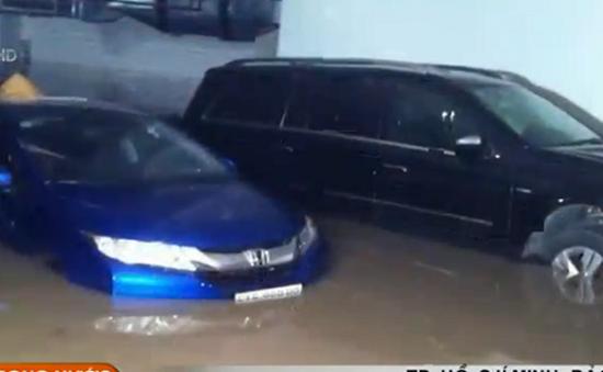 TP.HCM: Bảo hiểm ô tô ngập nước tăng vọt