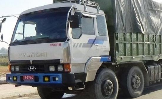 Bình Thuận: Bắt 2 xe quá tải gắn biển số đỏ giả