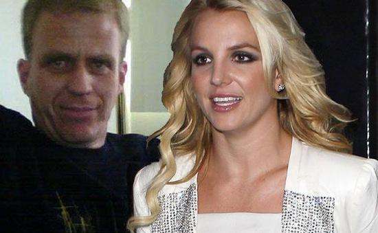 """Britney Spears đau đớn vì """"tình cũ"""" bất ngờ tử nạn"""