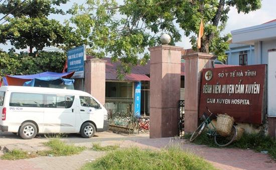 Hà Tĩnh: 4 nhân viên y tế bị trừ lương vì hách dịch với bệnh nhân
