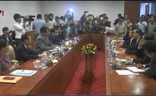 Các chính đảng Campuchia bất đồng về Luật bầu cử xã, phường