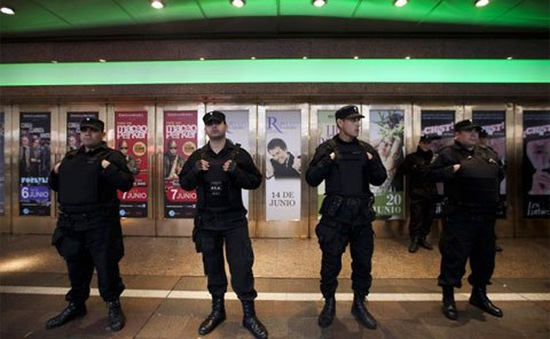 Argentina tăng cường an ninh trước cảnh báo khủng bố của al-Qaeda