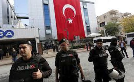 Cảnh sát Thổ Nhĩ Kỳ tấn công hai đài truyền hình của đảng đối lập
