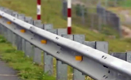 Ai đã lấy cắp thiết bị trên tuyến cao tốc Nội Bài - Lào Cai?