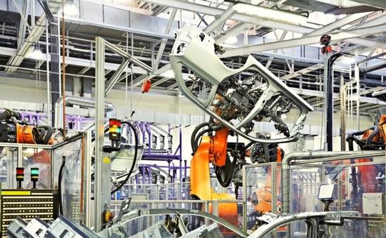 """Robot """"nổi loạn"""" gây chết người tại Đức?"""