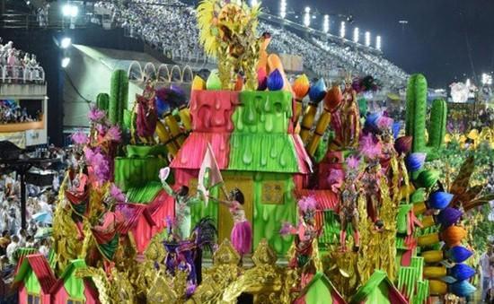 Rực rỡ sắc màu lễ hội Carnival ở Brazil