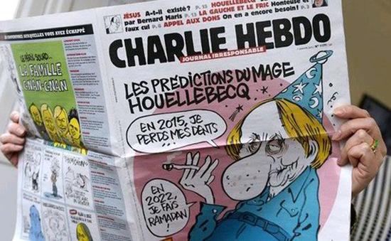 Ấn phẩm đặc biệt của Charlie Hebdo được đấu giá 100,000 bảng