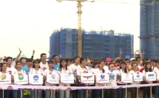 """Hơn 5.000 sinh viên tham gia """"Đường chạy kết nối"""""""