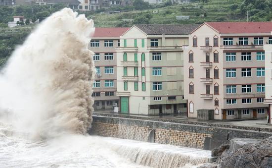 Trung Quốc sơ tán dân tránh siêu bão Chan-Hom