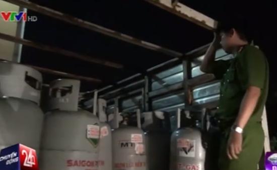 Cuộc chiến khốc liệt chống buôn lậu gas giả ở TP.HCM