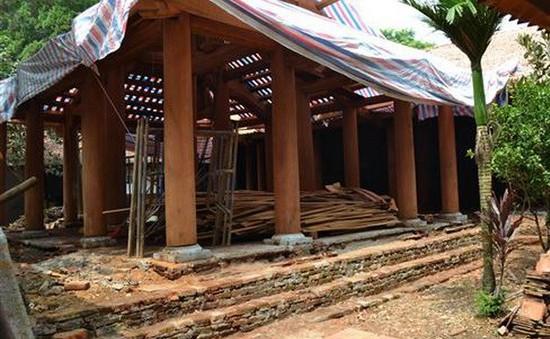 Di dời xưởng gỗ ra khỏi khuôn viên di tích quốc gia chùa Trăm Gian