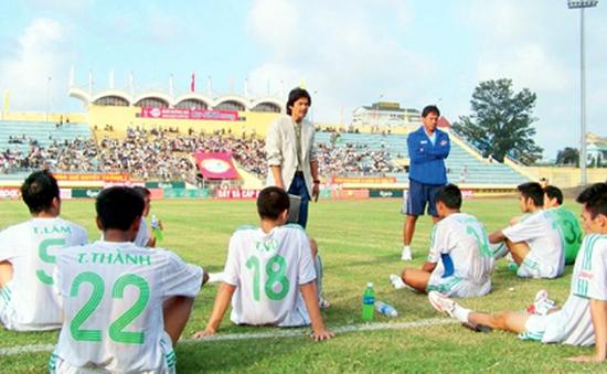 CLB Huế - Dấu hỏi về quyết tâm thăng hạng V.League