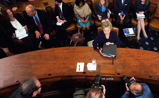 Cựu Ngoại trưởng Mỹ điều trần về vụ tấn công khủng bố ở Libya