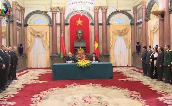 Họp báo chung Việt Nam - Belarus