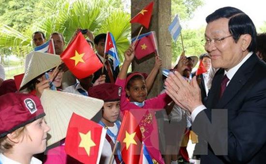 Chủ tịch nước thăm trường học mang tên Bác Hồ