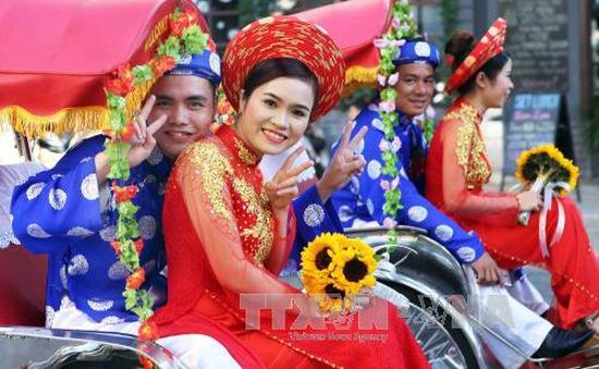 Lễ cưới tập thể công nhân lần đầu tiên tại Đà Nẵng