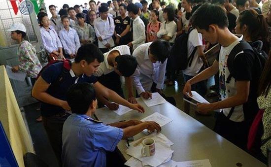 Đại biểu Quốc hội đề nghị đánh giá lại việc bỏ kỳ thi tuyển sinh đại học