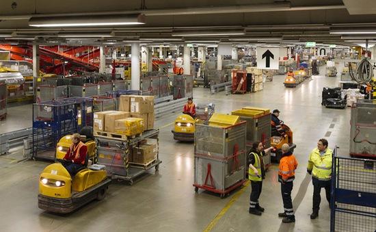Pháp đồng loạt phạt nặng các đại gia vận tải