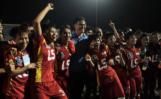 Đội bóng đá nữ TP.HCM vô địch Cúp Thái Sơn Bắc 2015