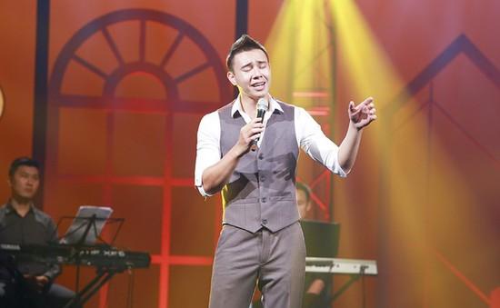 Đông Hùng chia sẻ biến cố cuộc đời trong chương trình Nghệ sỹ tháng