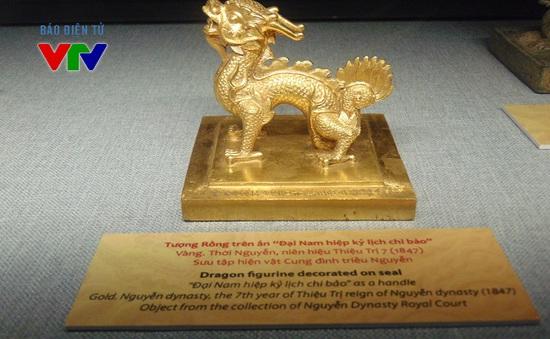 """Trưng bày nhiều linh vật bằng vàng tại triển lãm """"Linh vật Việt Nam"""""""