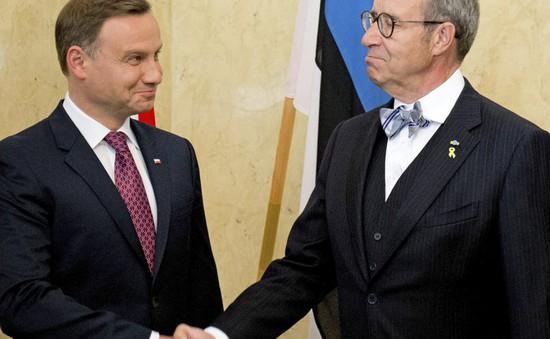 Tân Tổng thống Ba Lan thăm Estonia