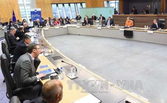 EU thông qua kế hoạch giải quyết dòng người qua Balkan