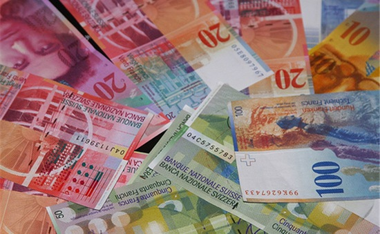 Thụy Sĩ bất ngờ thả nổi đồng Franc