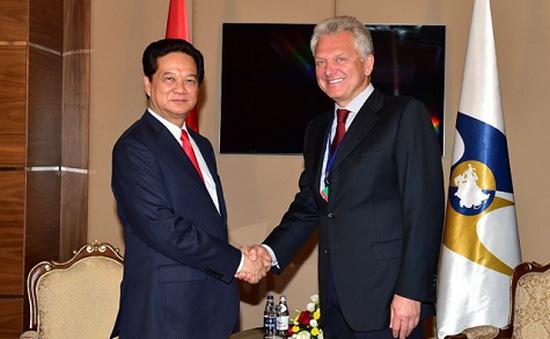 Thủ tướng tiếp Chủ tịch Ban Thường trực Liên minh Kinh tế Á-Âu