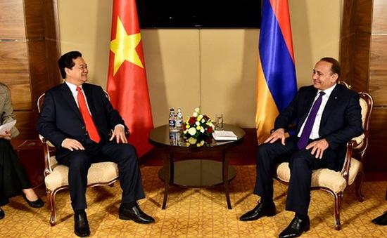 Thủ tướng Nguyễn Tấn Dũng gặp Thủ tướng Armenia
