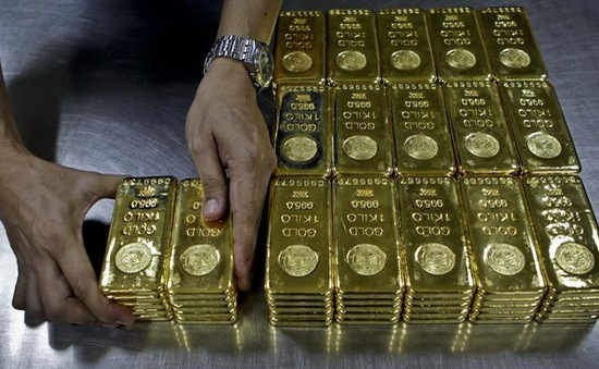Giá vàng xuống thấp nhất trong 6 năm