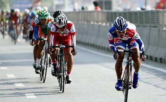 Giải đua xe đạp Cúp truyền hình TP.HCM: Nguyễn Vũ Linh giữ vững Áo Vàng