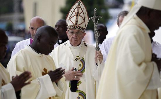Giáo hoàng Francis mang thông điệp hòa bình tới Trung Phi