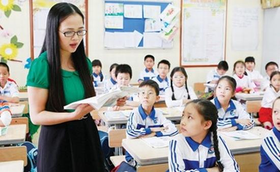 Xếp lương giáo viên tiểu học theo 3 hạng