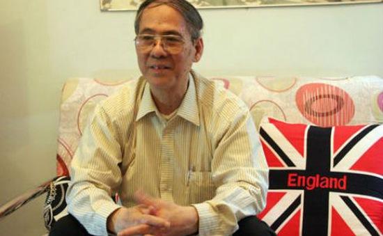 """Thầy Nguyễn Quốc Hùng MA: Dạy tiếng Anh cho trẻ em, giáo trình """"nhồi"""" dẫn đến chất lượng ảo"""