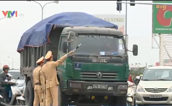 Chưa ùn tắc giao thôngtrước lễ khai ấn Đền Trần