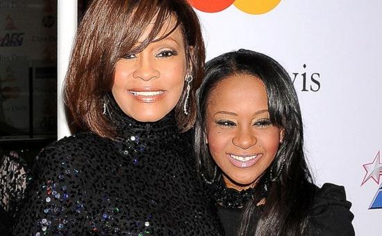 Con gái Whitney Houston hôn mê vì sốc thuốc?