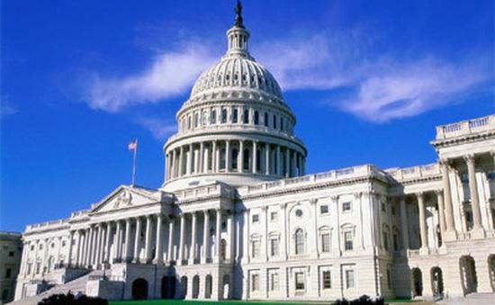 Hạ viện Mỹ thông qua dự luật hỗ trợ thuế trị giá 622 tỷ USD