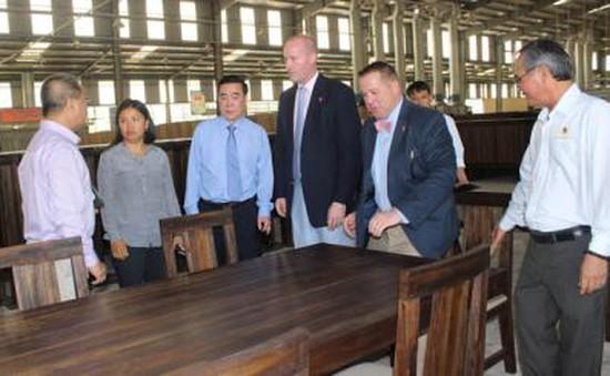 Đoàn ĐH Hoa Kỳ trao đổi kinh nghiệm kinh doanh tại Việt Nam