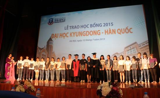 Hà Nội: 341 học sinh THPT nhận học bổng của Đại học Kyungdong, Hàn Quốc
