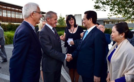 Thủ tướng hội kiến Chủ tịch Quốc hội New Zealand