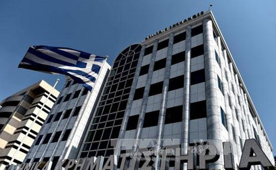 Hy Lạp lần đầu thanh toán đúng hạn cho IMF