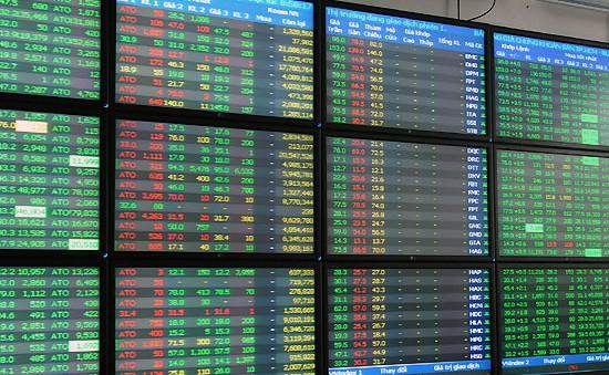 Gắn kết thị trường chứng khoán với cổ phần hóa