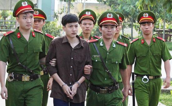 Xét xử vụ thảm sát 6 người ở Bình Phước