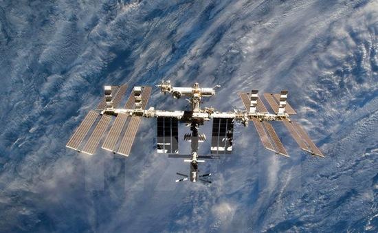 Đánh dấu 15 năm ngày các phi hành gia đặt chân lên trạm vũ trụ quốc tế ISS