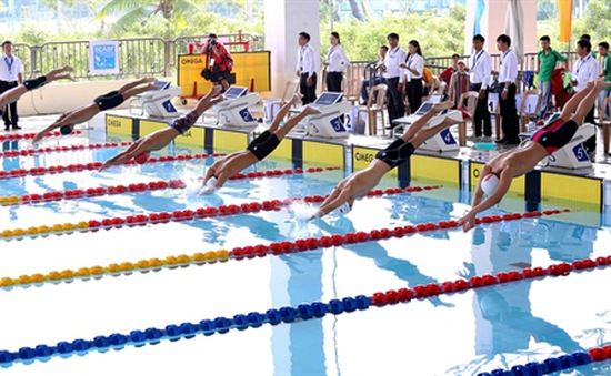 Khai mạc giải bơi các nhóm tuổi Đông Nam Á 2015