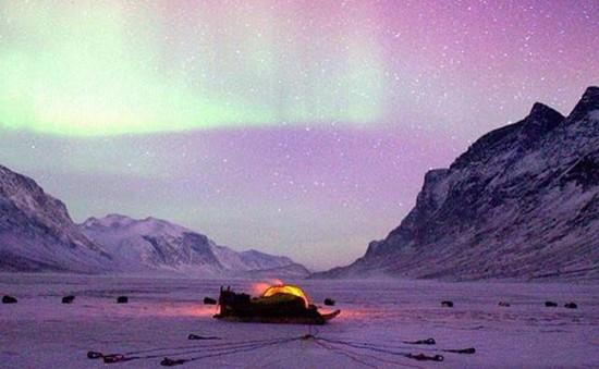 Hành trình trượt tuyết tới Bắc Cực của 4 bạn trẻ